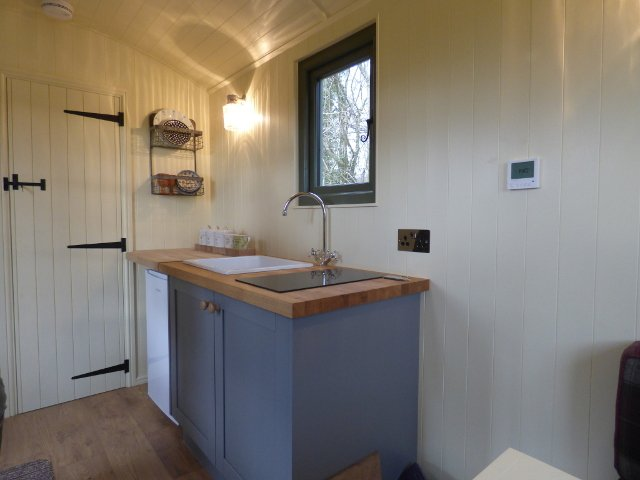 Stockman Shepherd Huts Tanglefoot Kitchenette