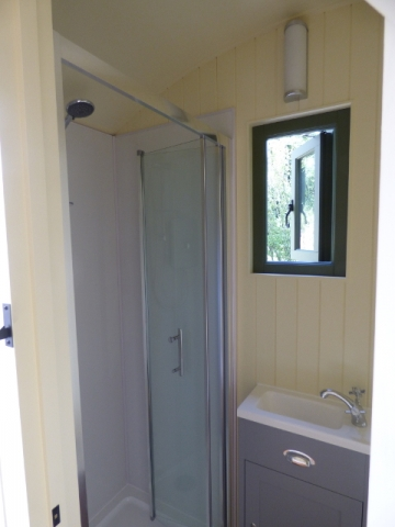 Stockman Shepherd Hut Ensuite Shower Room
