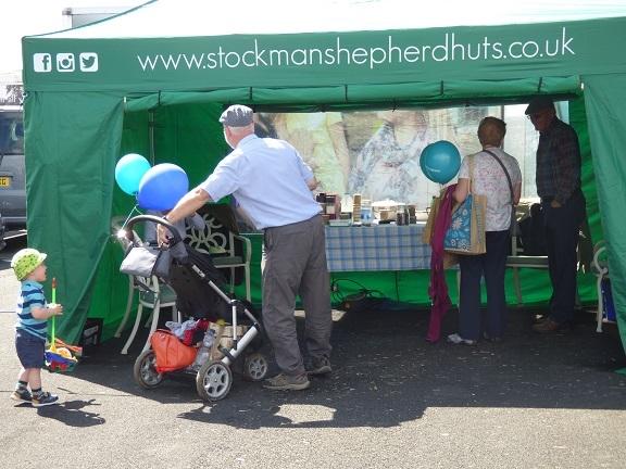Bespoke Shepherd Hut Show Stand