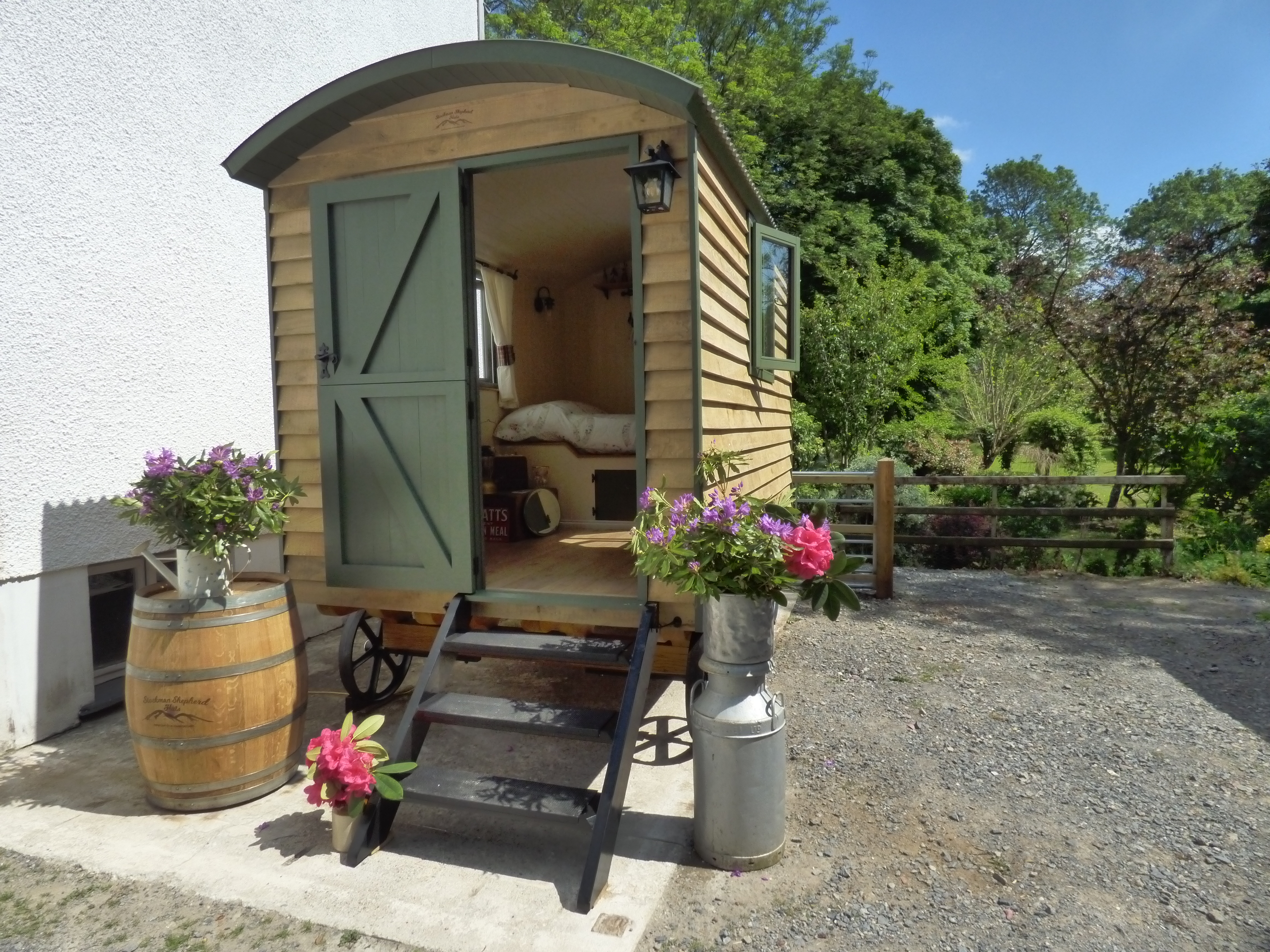 Shepherd's hut in the sunshine