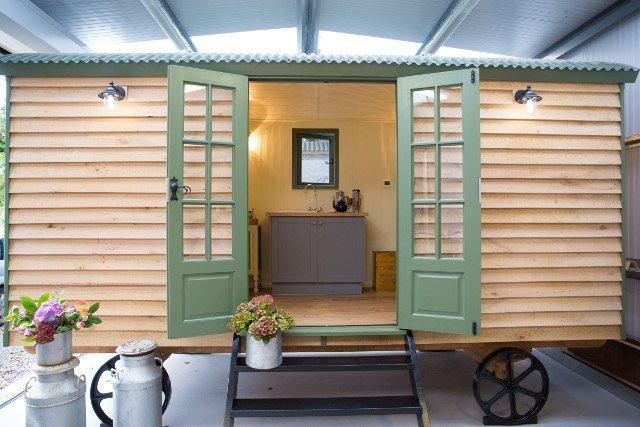 Stockman Tanglefoot En-suite Shepherd Hut