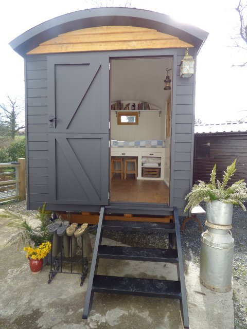 Stockman Ready Made Shepherd Hut Exterior