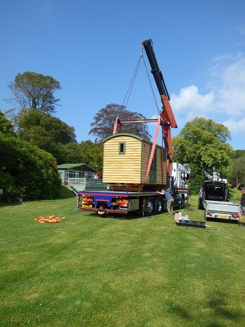 Delivery of Shepherd Hut