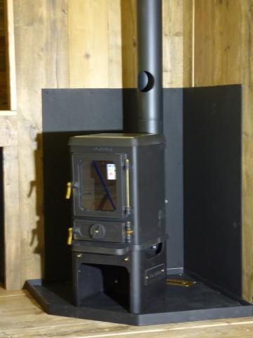 Woodburning stove for Bespoke Shepherd Hut