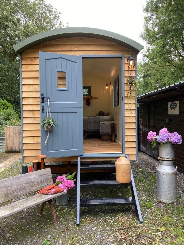 Bespoke Handmade Shepherds Hut